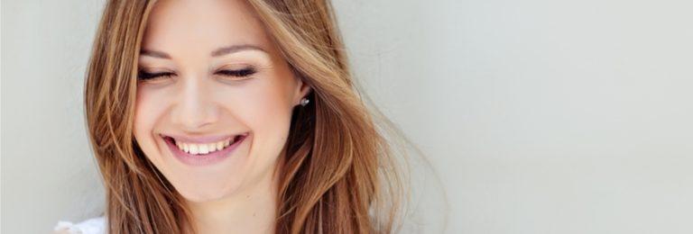 笑顔外人女性
